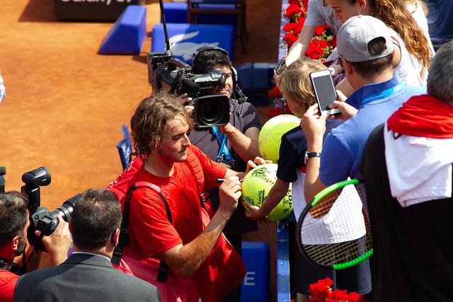 Stefano Tsitsipas reaches Barcelona Open final