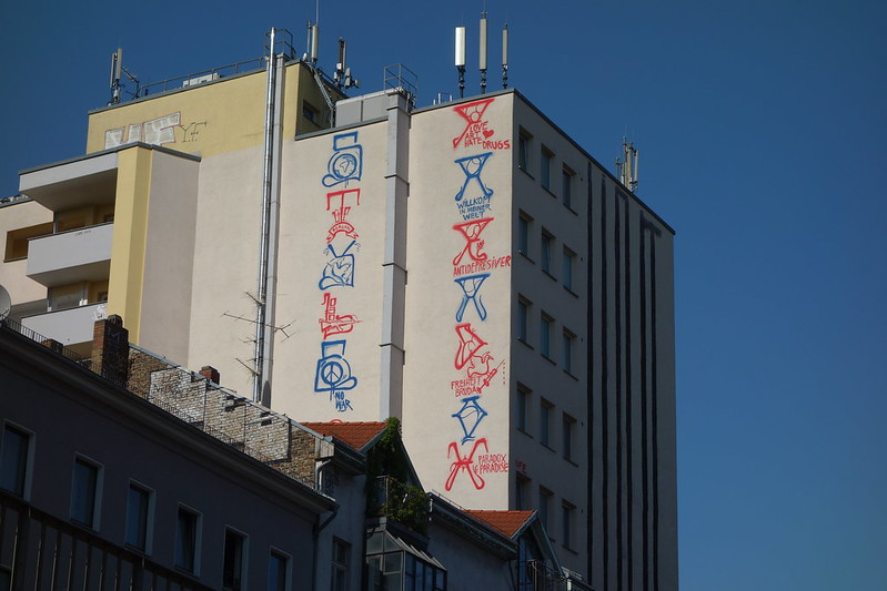 graffiti high up at kottbusser tor