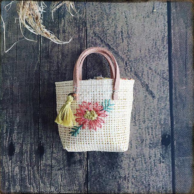 Mini rafia bags for dolls #dollsewing #miniature #dollsaccessories