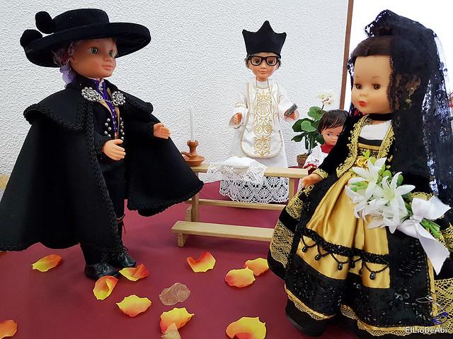 Colección en miniatura de los trajes tradicionales en la provincia de Burgos  (15)