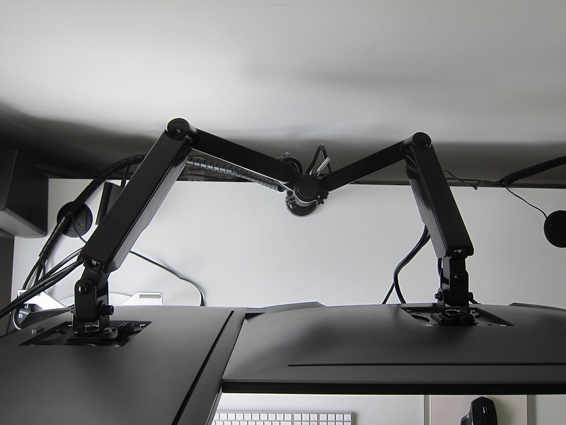 Freedom Dual Monitor Arm - Top