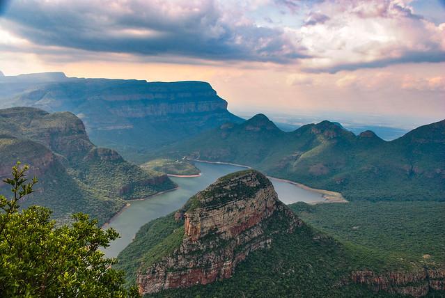 Blyde River Canyon, Nikon D3000, Sigma 18-250mm F3.5-6.3 DC Macro OS HSM