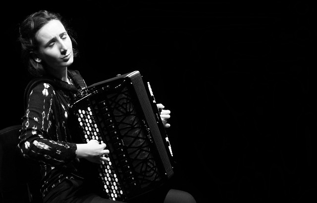LORE AMENÁBAR, ACORDEÓN - CICLO JUVENTUDES MUSICALES - TEATRO EL ALBÉITAR DE LA UNIVERSIDAD DE LEÓN 25.04.18