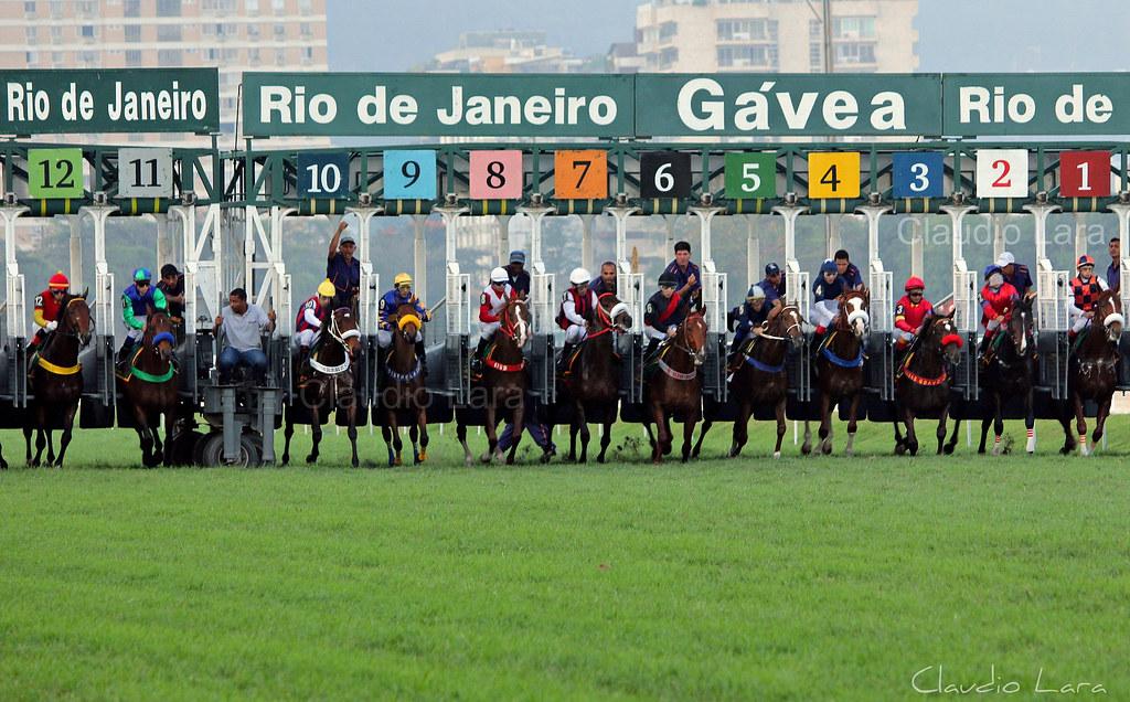 Rio de janeiro s dzone brasilienportal for Miroir club rio de janeiro