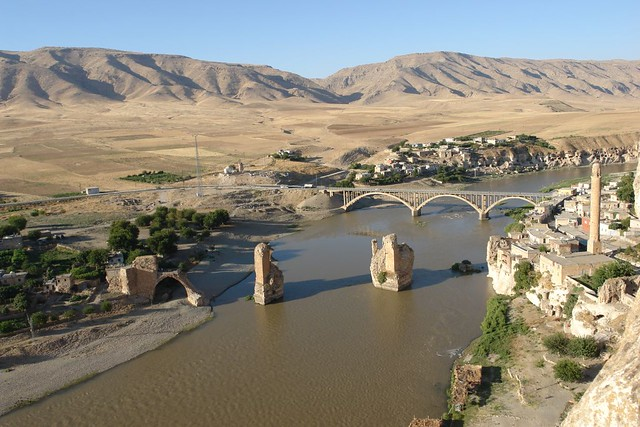 Bridges over the Tigris