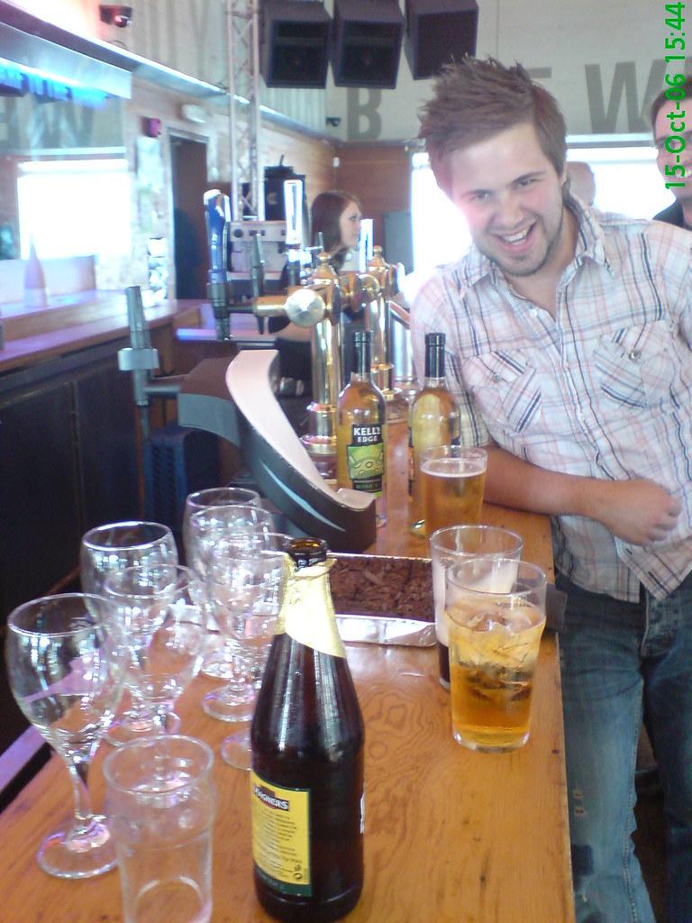 Si Celebrating @ the bar