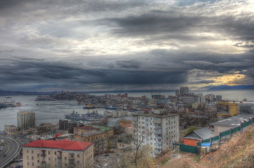 Vladivostok in evening on 04-05-2018 (P7700) (5)