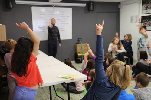 Tallers radiofònics a l'Escola Pedagogium Cos de Sant Boi de Llobregat