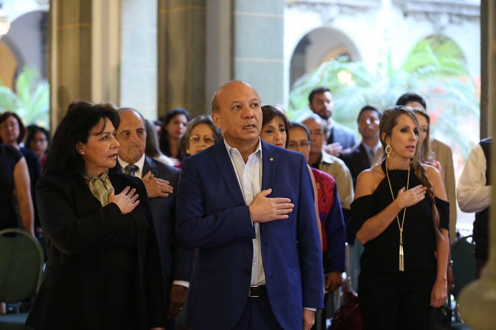 """Exposición """"Joyas del Palacio"""" muestra a los guatemaltecos riqueza artística del país"""