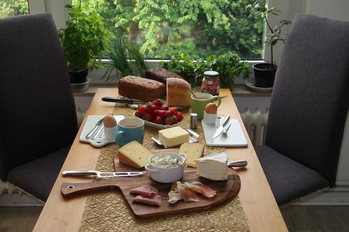 Spätes Frühstück nach dem Marktbesuch