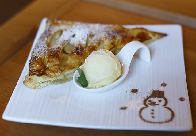 Apple Pie + vanilla ice cream ;)