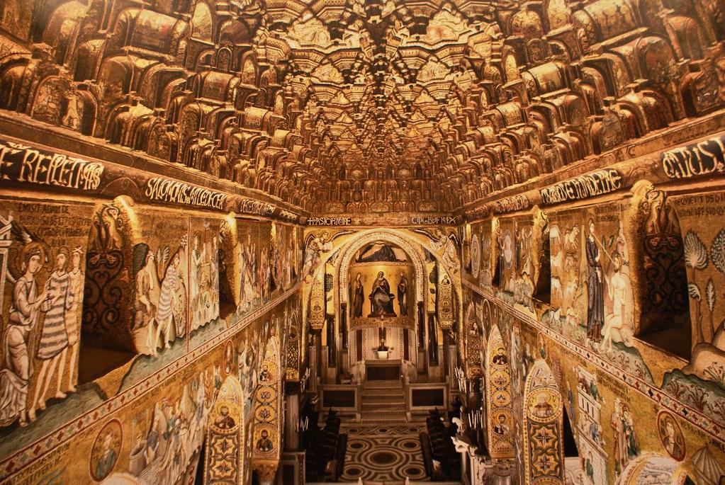 Photo prise en hauteurs dans la chapelle Palatine de Palerme.