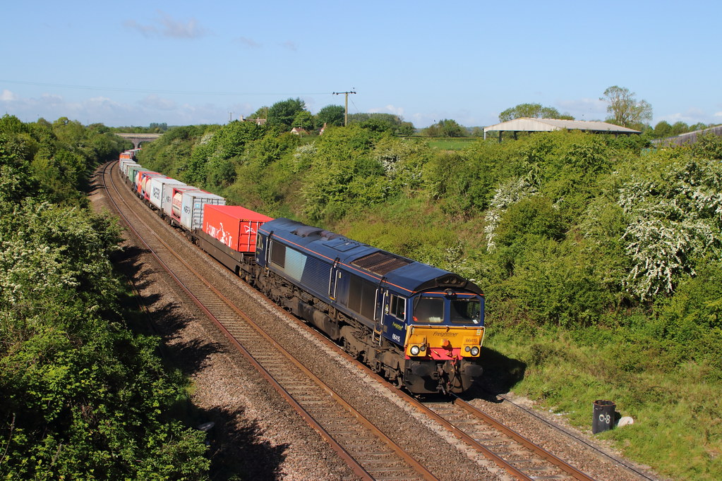 10.05.18 THINGLEY  66415 4L31 BRISTOL TO FELIXTOWE LINER.