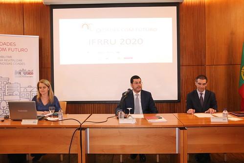 Cerca de cem pessoas participam na sessão Concelhia do IFRRU 2020 (1)
