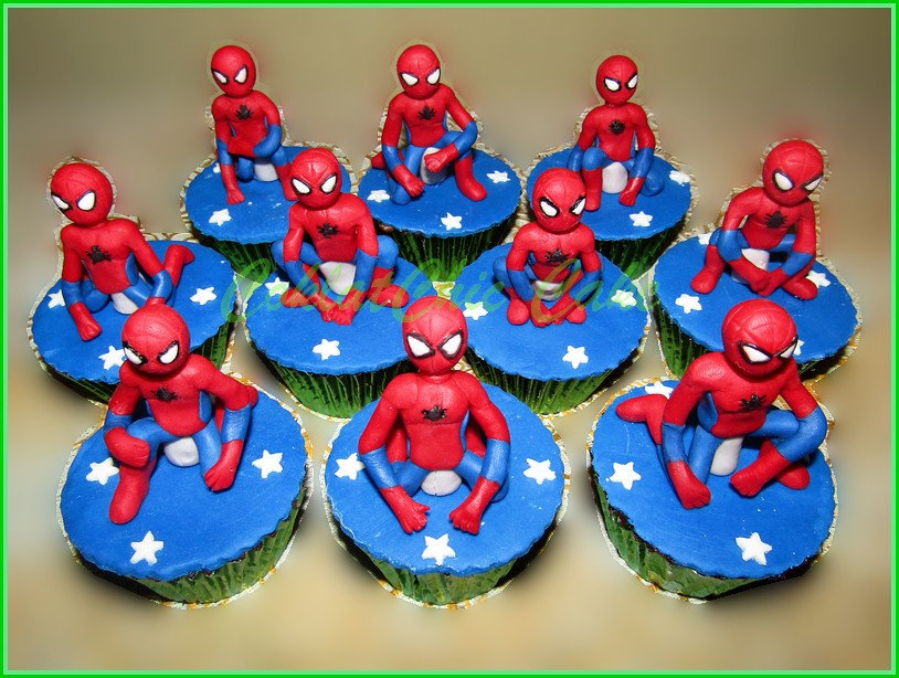 Cupcake set spiderman