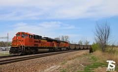 7/9 BNSF 9258 Leads SB Empty Coal Drag Merriam, KS 4-29-18