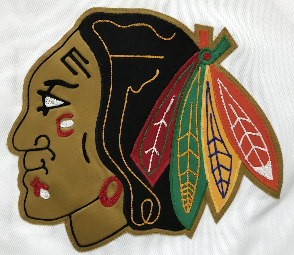 1988-89 Steve Larmer Chicago Blackhawks Home Jersey Crest