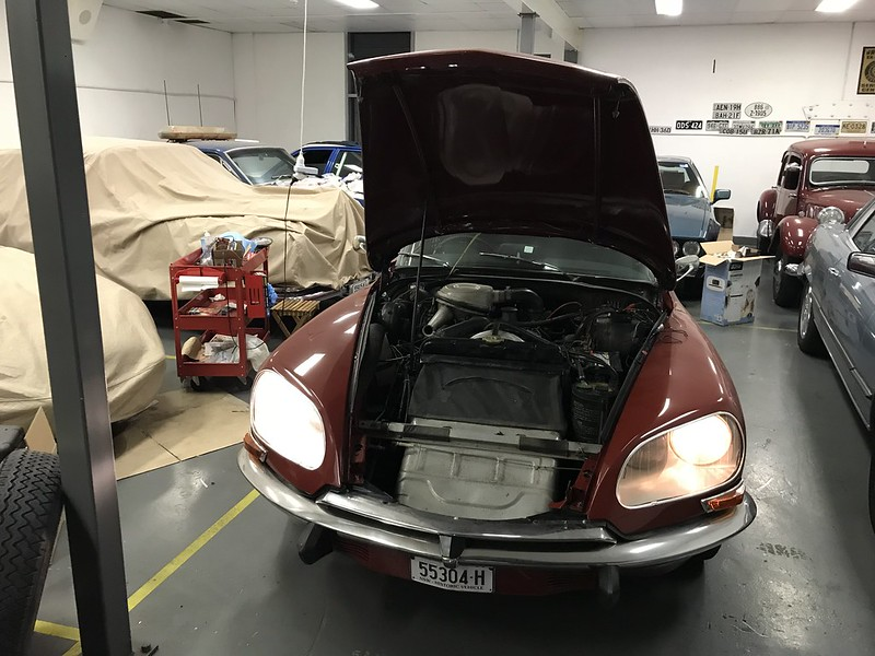 Citroen DS dipped beam