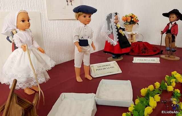 Colección en miniatura de los trajes tradicionales en la provincia de Burgos  (13)