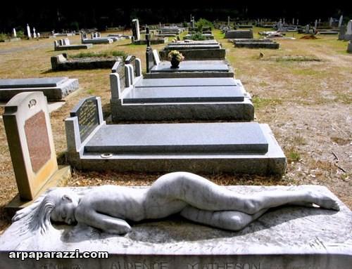اغرب المقابر في العالم (17)