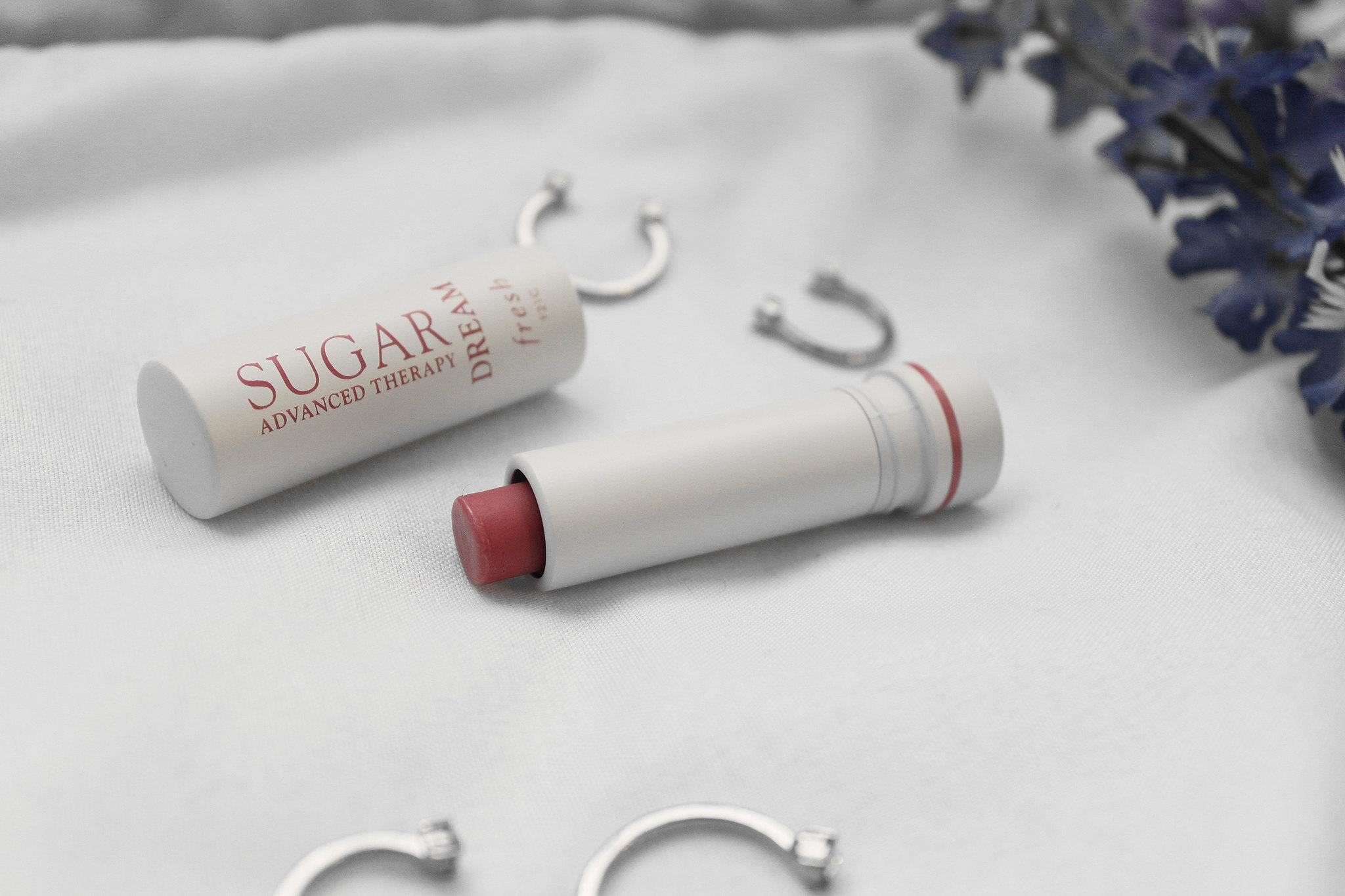 5759-beauty-makeup-skincare-sephora-vibrouge-fresh-freshcosmetics-lipbalm-clothestoyouuu-elizabeeetht-flatlay