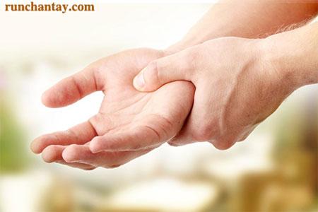 Bệnh run tay -  nỗi khổ thầm kín bởi căn bệnh khó che giấu của nhiều người