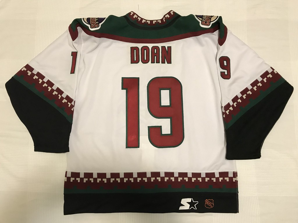 1997-98 Shane Doan Phoenix Coyotes Home Jersey Back