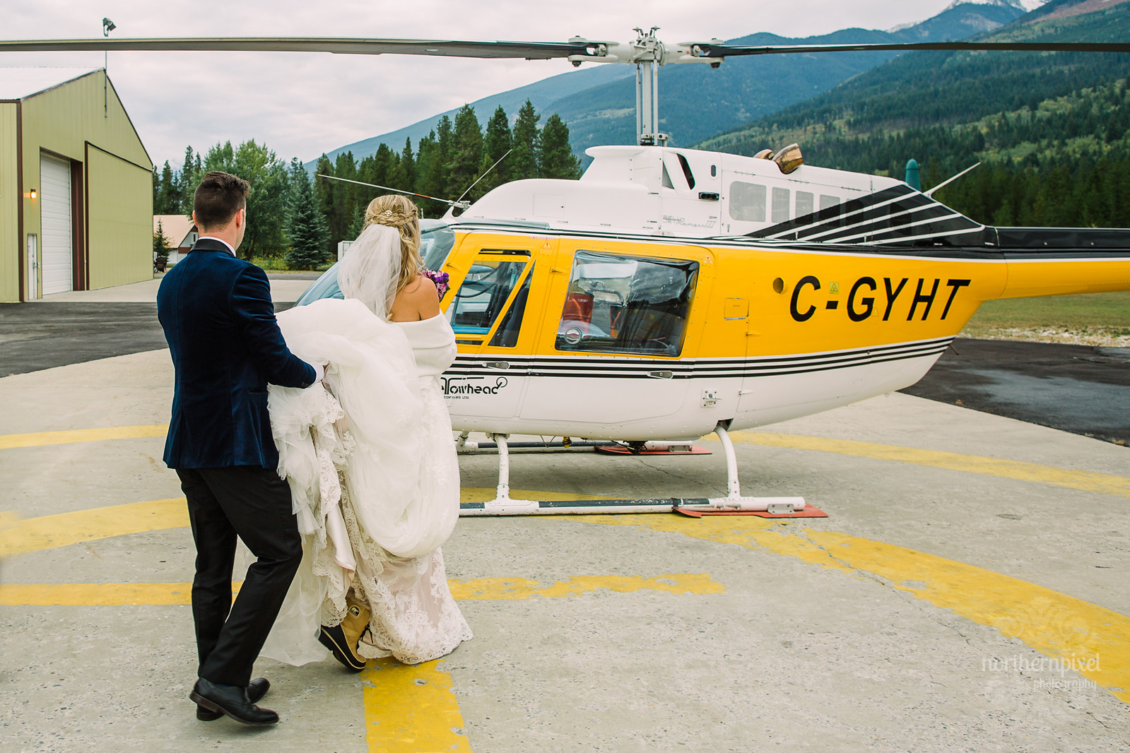 Yellowhead Helicopter Wedding Valemount BC
