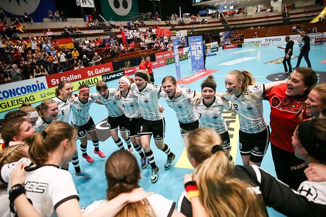 2018 WU19 WFC - Slovakia v. Germany