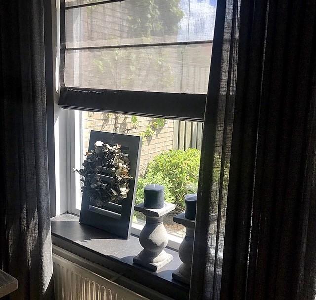 Vouwgordijn vensterbank landelijke stijl