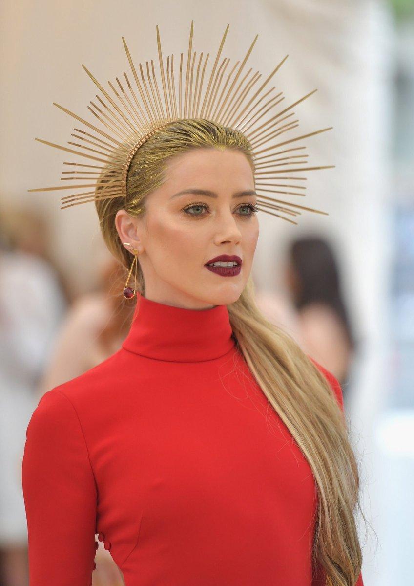 Amber Heard Met Gala