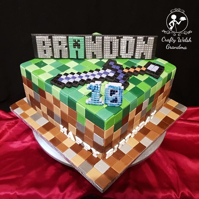Fantastic Crafty Welsh Grandma Minecraft Birthday Cake Funny Birthday Cards Online Hendilapandamsfinfo