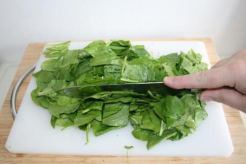 21 - Spinat zerkleinern / Hackle spinach