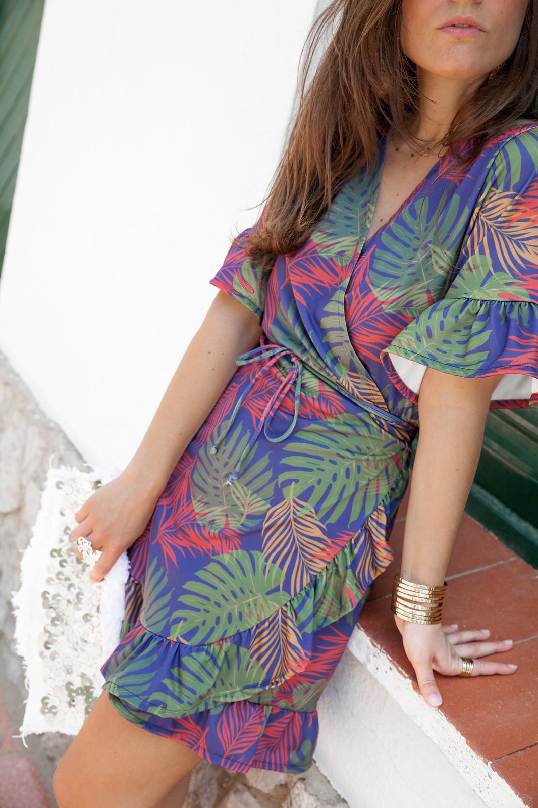 06_vestido_cruzado_estampado_rüga_theguestgirl_fashion_influencer_barcelona