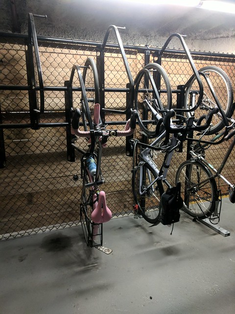 Diary of a Commute Bike: Hanging Out
