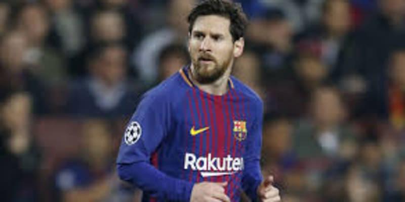 http://cafegoal.com/berita-bola-akurat/klub-barcelona-mengungkapkan-tidak-ada-klub-yang-berani-tawar-lionel-messi/