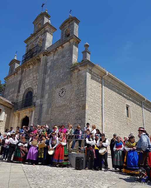Danzas Burgalesas Justo del Río en la Romería Popular a Santa Casilda 2