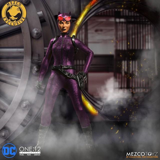 紫色套裝更有一股擋不住的魔幻魅力~?!MEZCO ONE:12 COLLECTIVE 系列【貓女 - 紫色服裝版】Catwoman - Purple Suit Variant 1/12 比例人偶作品