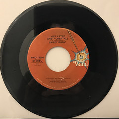 SWEET MUSIC:I GET LIFTED(RECORD SIDE-B)