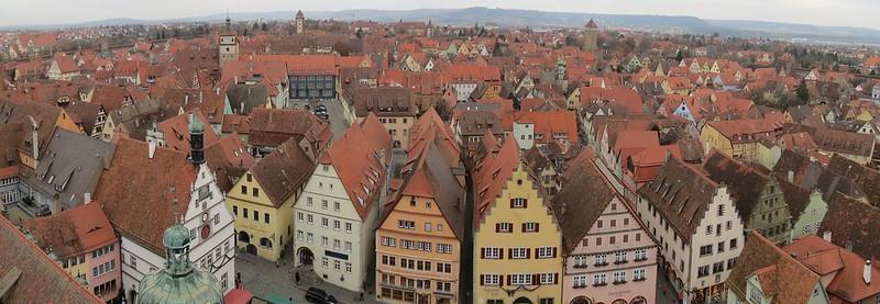 Aussicht von Rathausturm auf Galgenturm, WeißerTurm und HenkersturmIMG_8046 Panorama