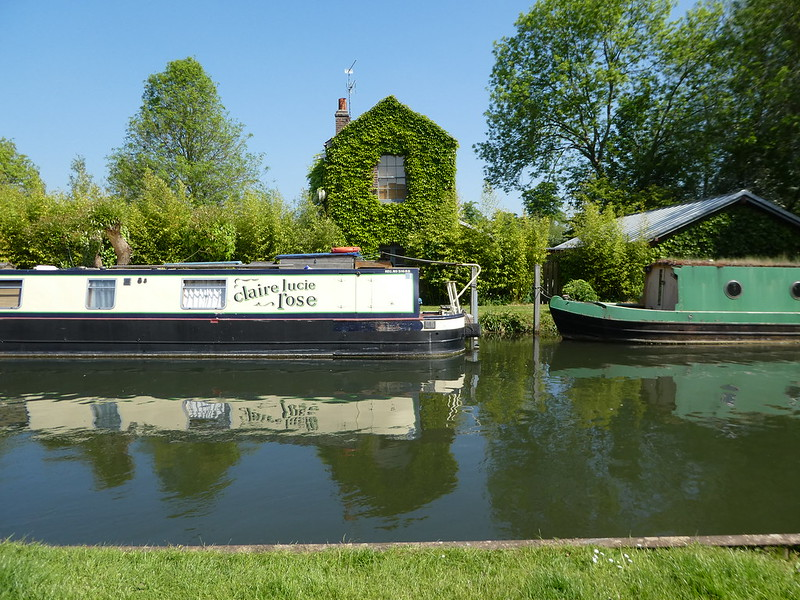 Canal boats moored along the Kennet & Avon canal