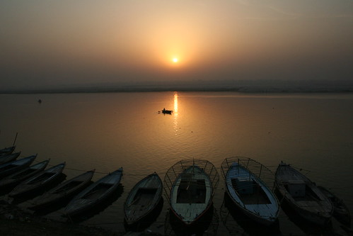 sunrise on the Gange Varanasi