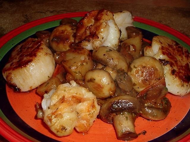 Pan Seared Scallops & Shrimp | Flickr - Photo Sharing!