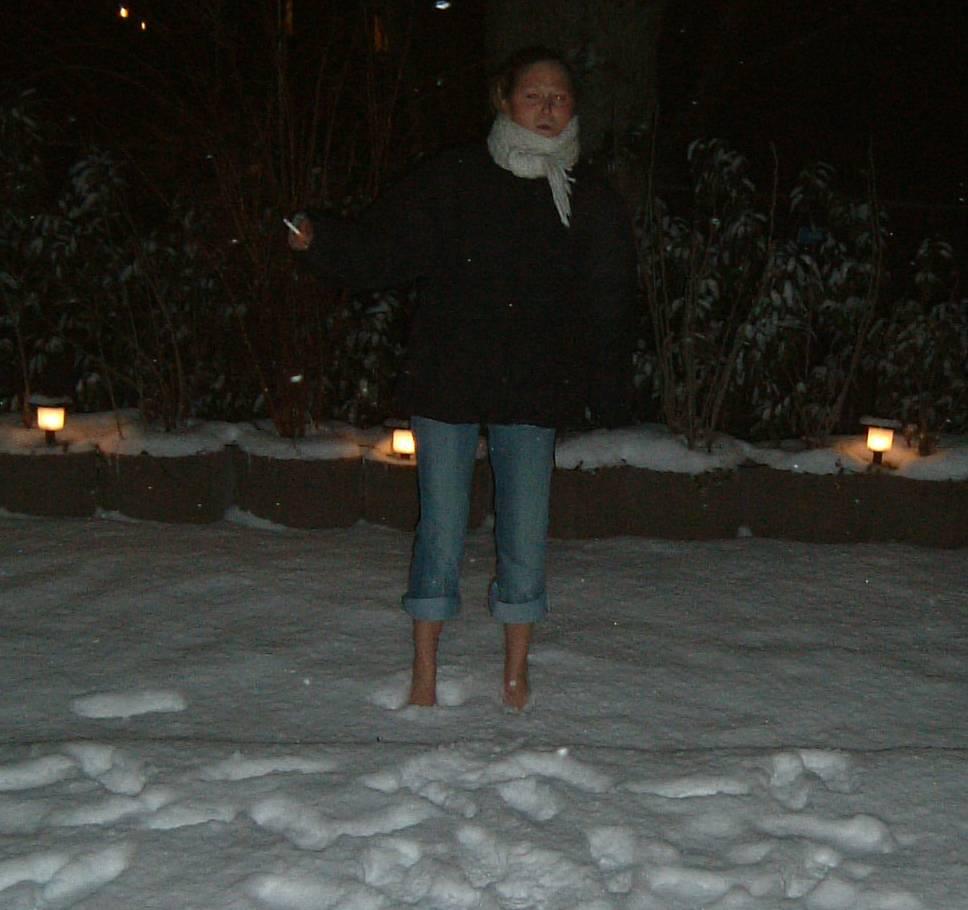 2005-03-10 LK - barfuss im Schnee 2