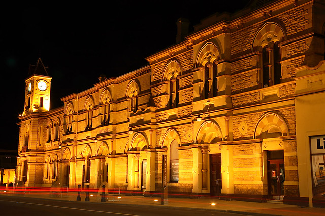 Mount Gambier Town Hall and Riddoch Art Gallery