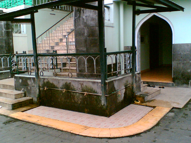 tempat wudhu masjid syuhada flickr photo sharing