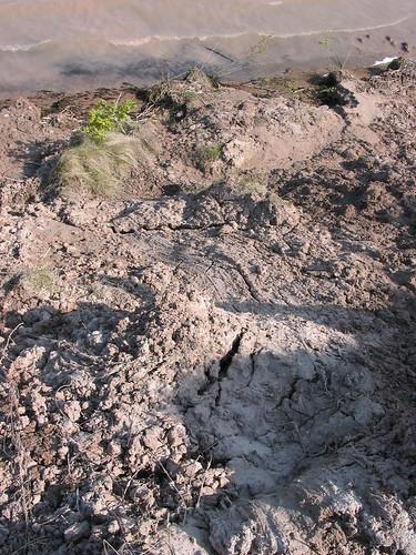 shoreline erosion landslide geology whitefishbay soo lakesuperior slump